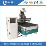 Машина маршрутизатора CNC изменения инструмента 3 головок автоматическая для сбывания