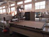 Centre de travail du bois avec la charge et décharger la machine de couteau de commande numérique par ordinateur