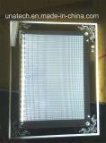 DEL mince en cristal d'intérieur annonçant le cadre léger