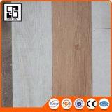 2017木製デザインEcoクリックのビニールのフロアーリング