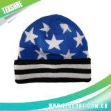 100%のアクリルのジャカードは平手打ちした編まれた冬の帽子の帽子(081)を