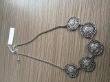 Retro Halsband met Bloemen voor de Juwelen van de Manier van de Schoonheid