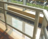 Pasamanos y balcón de cristal claro de aluminio con 1.2m de altura