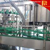 La bebida carbónica puede embotellar la máquina que capsula de relleno que se lava de la bebida