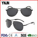 La coutume chaude de bonne qualité de Ynjn de vente possèdent les lunettes de soleil de marque (YJ-F8266)