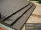 Decking solide de la qualité WPC de 140*25mm avec Testure en bois, plancher extérieur des bons prix