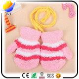 Горячий изготовленный на заказ цвет продавая перчатки детей