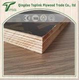 Molde concreto da madeira compensada de Templete da construção