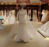 Vestido de casamento da trombeta com xaile de Tulle