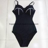 女性のワンピースの水着のためのセクシーで黒いビキニの水着のBeachwear Monokini