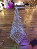 Décoration de Noël de lumière de rideau en motif de cône de DEL 3D