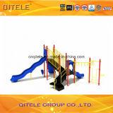 89mm galvanisierten Pfosten-bunte Einfachheits-Herausforderungs-Strichleiter-Plättchen-Kind-im Freienspielplatz-Gerät