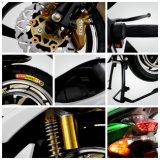 Motorino elettrico di stile moderno affascinante di sport con il motore 2000W