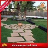 Moquette artificiale dell'erba sintetica del tappeto erboso della sosta pubblica