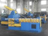 Presse hydraulique automatique en métal de l'escarpement Y81t-200