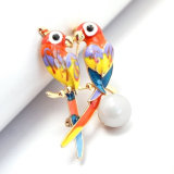 Broche de acrílico de los pájaros del amor del esmalte del loro del negro animal multicolor de la perla