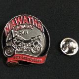 Pin del risvolto del ferro di alta qualità della fabbrica/distintivo su ordinazione
