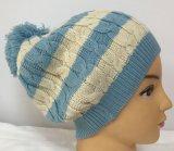 Chapéu de confeção de malhas do cabo com o chapéu Hjb042 do Beanie do Pompom