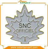 Bestellte Entwurfs-Förderung-Metallabzeichen voraus
