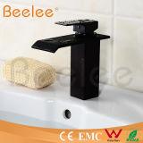 Le nouveau corps rond antique carré en laiton choisissent le robinet de bassin de chute d'eau de poignée/robinet d'eau de cuivre