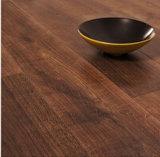 Plancher en bois conçu avec la colle E0