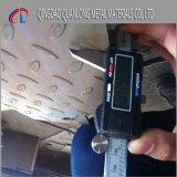 Placa Checkered laminada a alta temperatura do aço suave de St37-2 Ss400