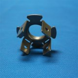 Металл зажимов крепежных деталей металла соединяет зажимы
