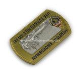 Pièce de monnaie verticale d'enjeu d'Uss Bunker Hill d'épéiste