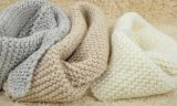 La fibra natural teñida del hilo para obras de punto del bebé peinó el hilo 100% de algodón