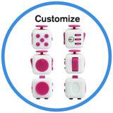 2017 Ansiedad Polular juguete de lanzamiento 12 Cara de escritorio juguete Cubo