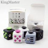 Brinquedos mágicos plásticos do cubo do vário cubo da inquietação das cores
