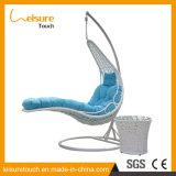Presidenza artificiale di vendita superiore dell'oscillazione della mobilia del rattan del giardino esterno come nuovo disegno