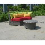中国の枕が付いている2016年の藤の家具の庭のソファー