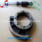 CNC che lavora l'attrezzo alla macchina trattato dell'acciaio di manganese