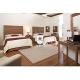 品質ファブリックと装飾される中国のホテルの寝室の家具セット