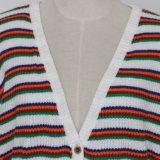 Cardigan à rayures coloré de dames avec perte de version et main-d'oeuvre souple, en faible pourcentage de devoir