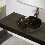 Lavabo di marmo incluso della stanza da bagno di Portoro