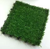 Gemakkelijke Installatie die Gras van het Gras van de Tegel van pp het Kunstmatige voor Tuin met elkaar verbinden