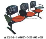 執筆ボードとのトレーニングのためのプラスチック公共の椅子