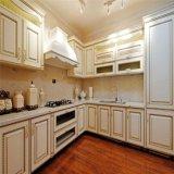 米国式ベージュカスタマイズされた純木の食器棚デザイン