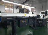 容易な操作、強い機能Gd-320 CNCの旋盤棒送り装置の自動車の送り装置
