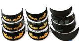 Schwarze glänzende Kinnriemen-Militärschutzkappe mit Stickerei