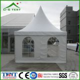白いWindproofおよびWaterproof Gazebo Tent 4X4