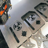 estaca de aço do metal dos cortadores do laser da fibra 500W para a propaganda