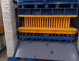 Blocchetto di collegamento del cemento che fa macchina