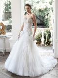 0077 uma linha trem Strapless Ivory da capela dos plissados perlam o vestido de casamento de Tulle do Rhinestone de Bling