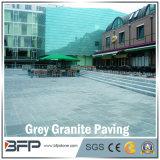 Pedra de pavimentação do granito cinzento chinês com uso popular na área exterior