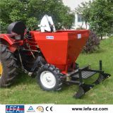 20-50HPトラクターの農業機械の甘いPoatoプランター(PT32)