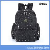 Sacola de mochila de fralda de grande capacidade com clipes de carrinho de criança