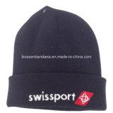 OEMの農産物はデザインによって刺繍されたスポーツのスノーボードのアクリルの帽子の帽子をカスタマイズした